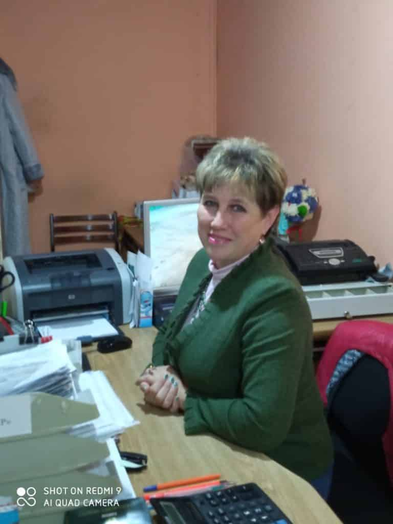бухгалтер Тихонова Людмила Владимировна