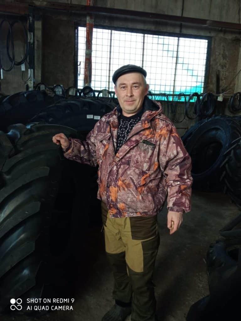 кладовщик Васильев Иван Николаевич